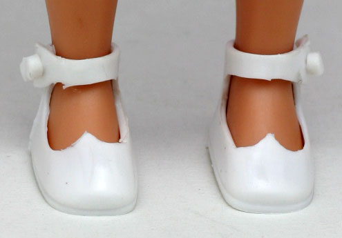 Tiny Betsy McCall shoes white