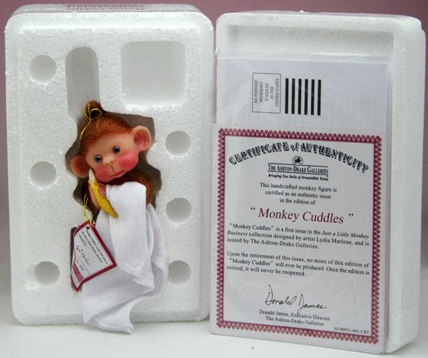 Monkey Cuddles モンキー・カドルズ 10cm