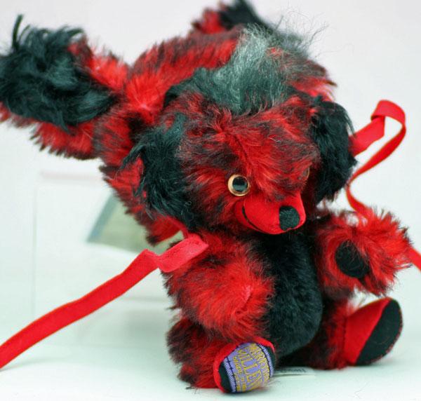 レッド・ホット・バニー・パンキンヘッド#144 Red Hot Bunny Punkinhead