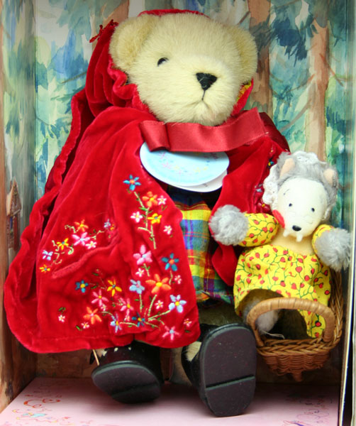 赤ずきん Muffy Little Red Riding Hood