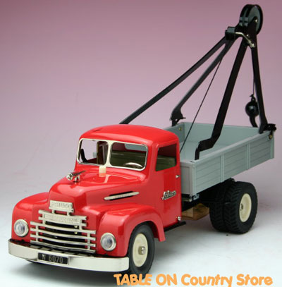 Schuco Construction Break-down lorry with crane #00201 LE1,999 2004年度